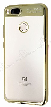 Eiroo Clear Thin Xiaomi Mi 5X / Mi A1 Gold Kenarlı Şeffaf Silikon Kılıf