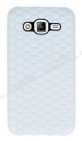 Eiroo Honeycomb Samsung Galaxy J7 Beyaz Silikon Kılıf