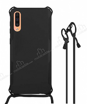 Samsung Galaxy A7 2018 Askılı Siyah Silikon Kılıf