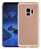 Eiroo Air To Dot Samsung Galaxy A8 2018 Delikli Gold Rubber Kılıf