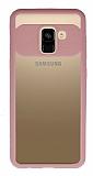 Eiroo Cam Hybrid Samsung Galaxy A8 Plus Kamera Korumalı Pembe Kenarlı Rubber Kılıf