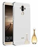 Eiroo Mirror Huawei Mate 9 Metal Kenarlı Aynalı Silver Rubber Kılıf
