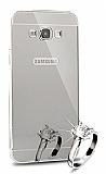 Eiroo Mirror Samsung Galaxy A8 Metal Kenarlı Aynalı Silver Rubber Kılıf