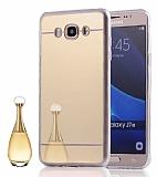 Eiroo Mirror Samsung Galaxy A8 Silikon Kenarlı Aynalı Gold Rubber Kılıf