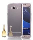 Eiroo Mirror Samsung Galaxy A8 Silikon Kenarlı Aynalı Siyah Rubber Kılıf