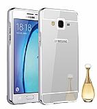 Eiroo Mirror Samsung Galaxy On7 Metal Kenarlı Aynalı Silver Rubber Kılıf