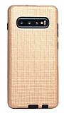 Eiroo Panther Samsung Galaxy S10e Silikon Kenarlı Gold Rubber Kılıf