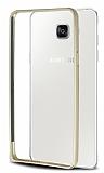 Eiroo Samsung Galaxy A7 2016 Gold Çizgili Round Metal Bumper Çerçeve Gold Kılıf