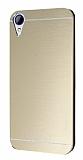 Motomo HTC Desire 830 Metal Gold Rubber Kılıf