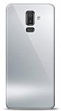 Eiroo Samsung Galaxy J8 Silikon Kenarlı Aynalı Silver Kılıf