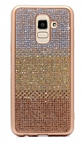 Samsung Galaxy J8 Taşlı Geçişli Gold Silikon Kılıf