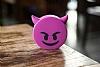 Emoji 2600 mAh Powerbank Mor Yedek Batarya - Resim 1