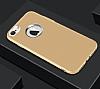 iPhone 7 Metal Kamera Korumalı Gold Silikon Kılıf - Resim 1