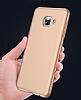 Samsung Galaxy C7 Pro Tam Kenar Koruma Gold Rubber Kılıf - Resim 2