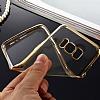 Samsung Galaxy S8 Gold Kenarlı Şeffaf Silikon Kılıf - Resim 4
