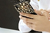 Shengo iPhone 7 / 8 Silikon Kenarlı Taşlı Çiçek Siyah Rubber Kılıf - Resim 4